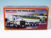 Stavebnice Monti 52 British Petroleum 1:48 v krabici 32x21x8cm