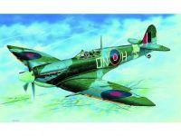 Model Supermarine Spitfire H.F.MK.VI 12,9x17,2cm v krabici 25x14,5x4,5cm