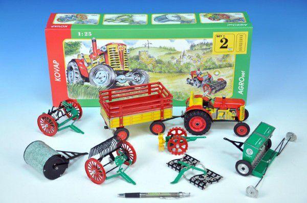 Traktor s náčiním Agroset 1:25