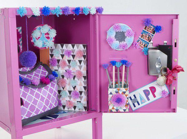 Kreativní sada Pom Pom Wow nalepovací střapce 70ks + doplňky v krabici 23x30x5cm