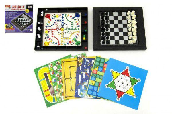 Soubor her 18v1 magnetické cestovní společenská hra v krabici 24x24x5cm