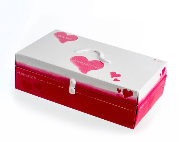 Panenka/miminko Arias vonící 26cm pevné tělo s doplňky v krabici