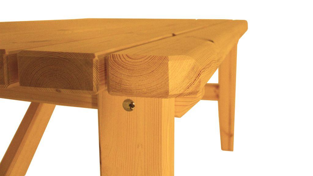 Zahradní dřevěný stůl Eduard – s povrchovou úpravou – 160 cm – BOROVICE