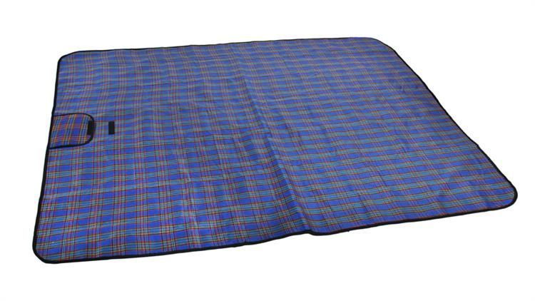 Pikniková deka - modrá kostka 180 x 145 cm