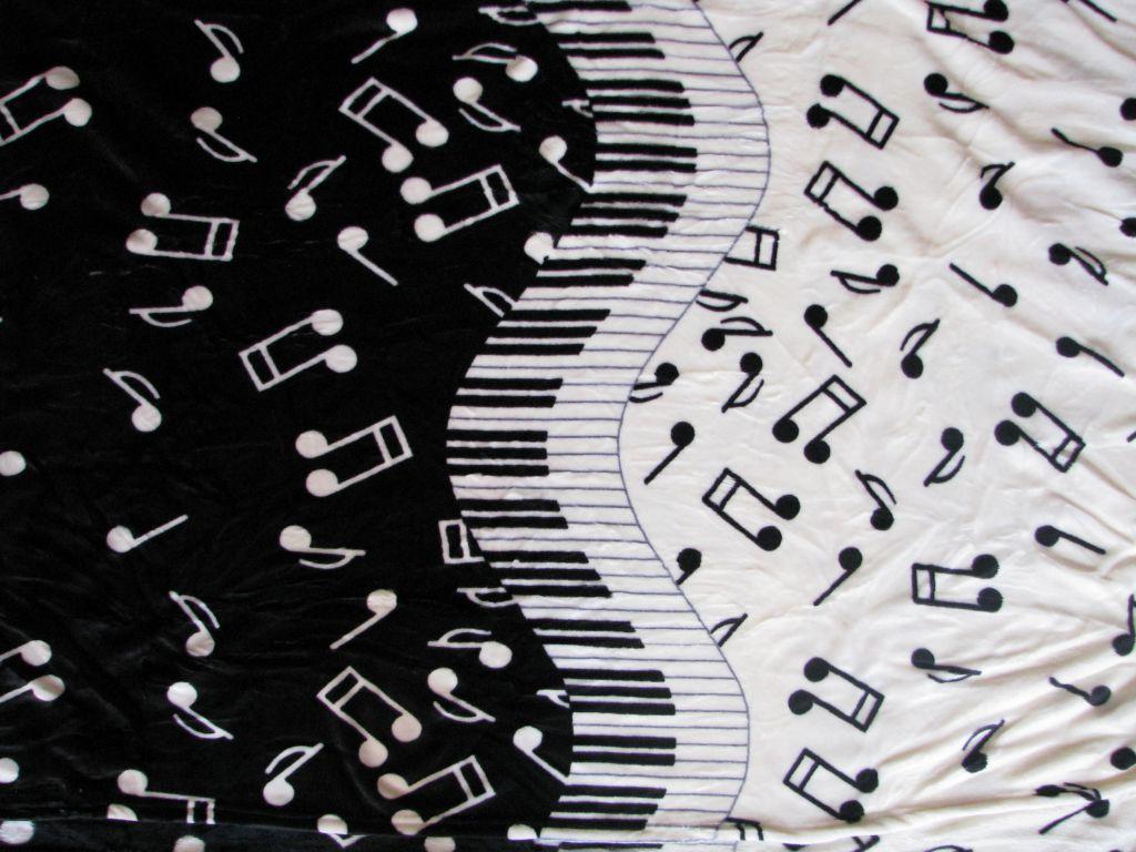 Deka z mikrovlákna 150 x 200 cm - PIÁNO