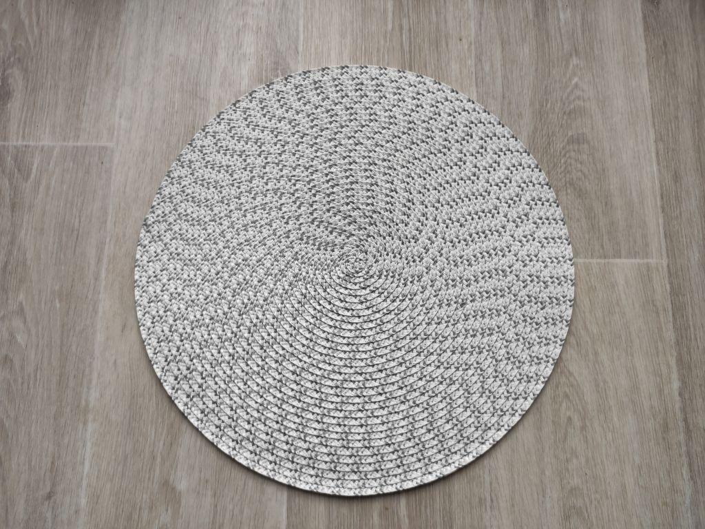 Prostíraní kulaté 38 cm - šedobílá