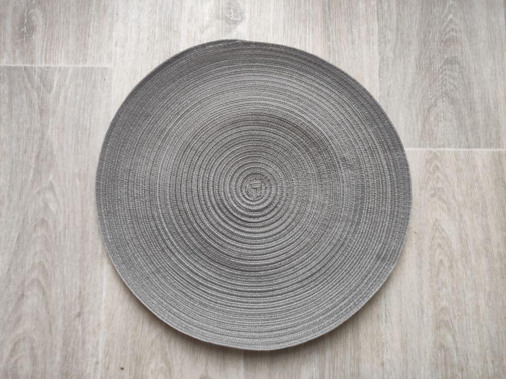 Prostíraní kulaté 38 cm, šedý melír
