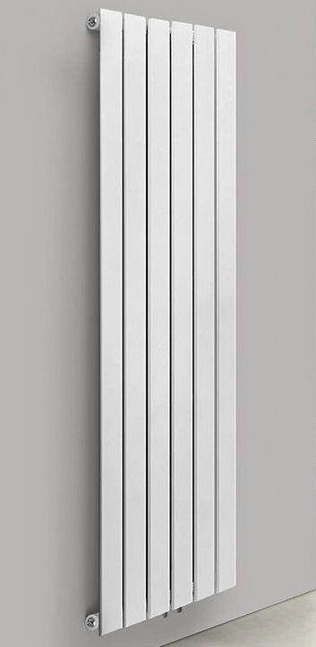 Vertikální radiátor, středové připojení, 1800 x 452 x 52 mm