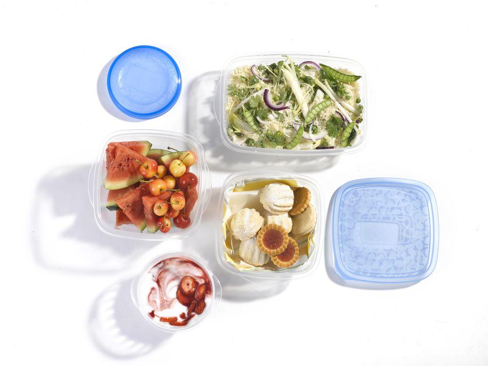 Set potravinových dóz 2x1L set dóz - modrý CURVER